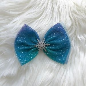 Other - GIRLS BLUE HAIR BOW FROZEN INSPIRED